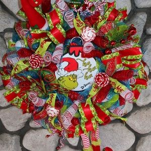 Dr Seuss Christmas wreath
